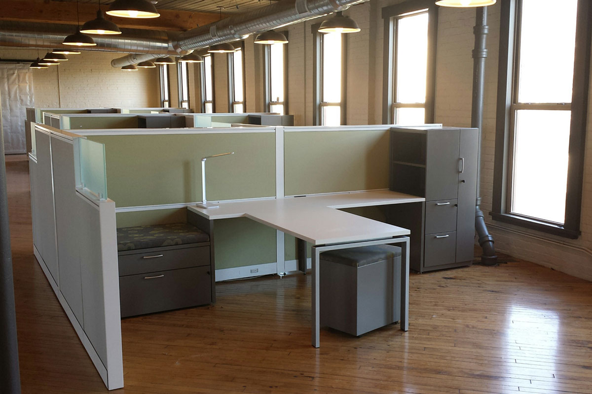 Half-Height Workstations 3